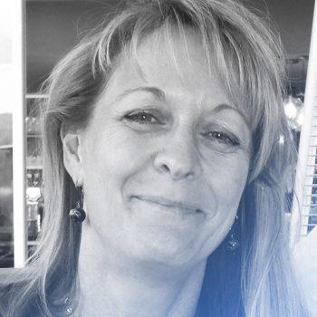 Dr. Karen Grothe Villholth